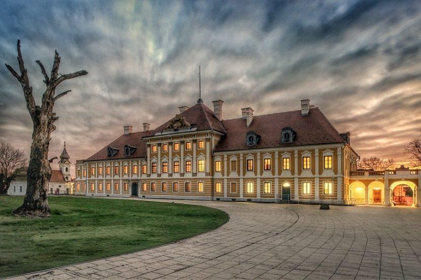 top 8 things to see in VUkovar - vukovar city museum