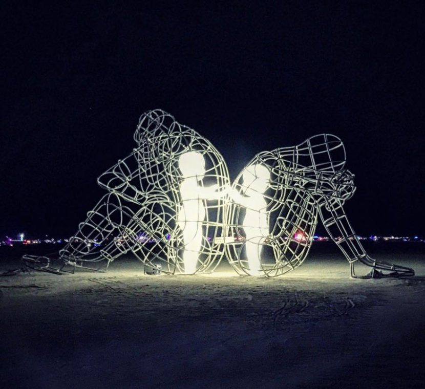 Fascinating sculpture of love