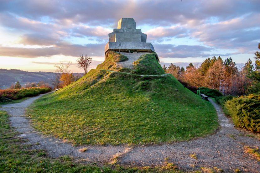 Monument Šehitluci