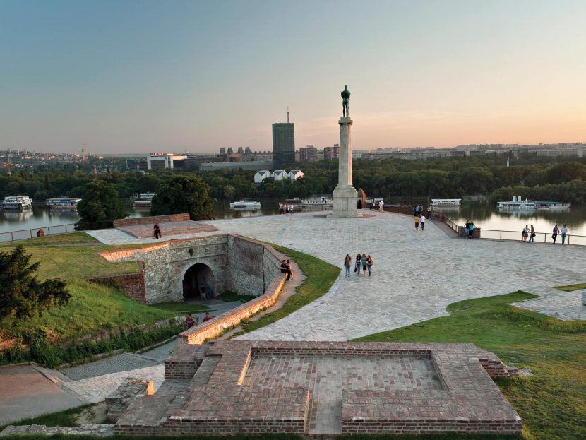 Top 5 Most Picturesque Spots on Belgrade Fortress - The Victor Monument