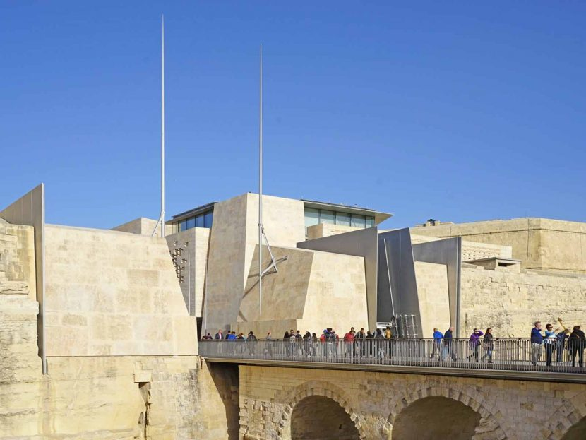 Valletta – the tiny but mighty capital of Malta City Gate