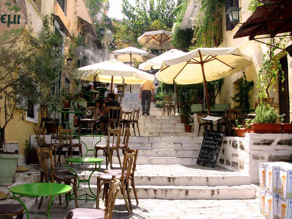 10 amazing places to enjoy in Athens Plaka