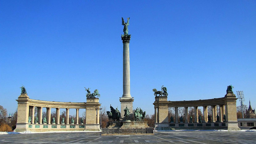 Top Things to Do in Budapest - The Heroes Square