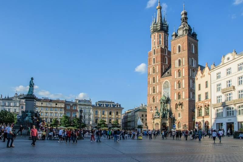 5 Perfect Weekend Getaways in Europe Krakow