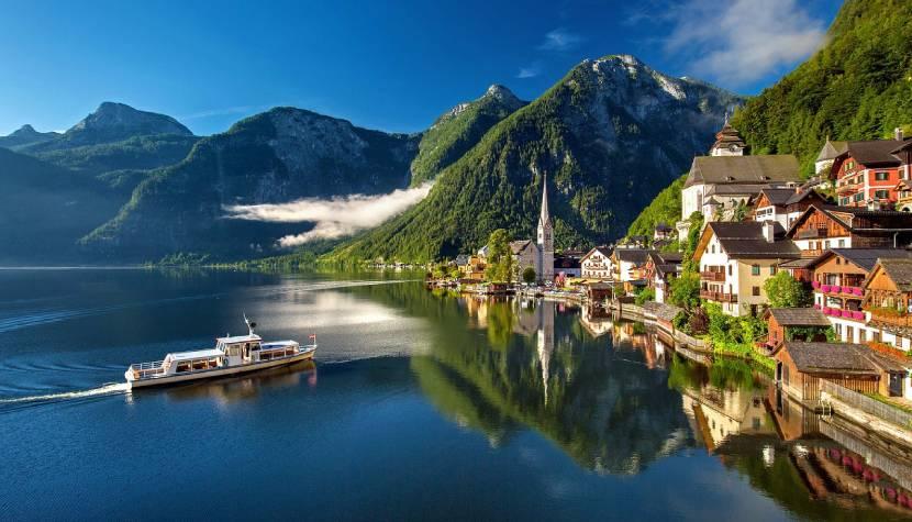 5 Most Beautiful Towns in Austria Hallstatt