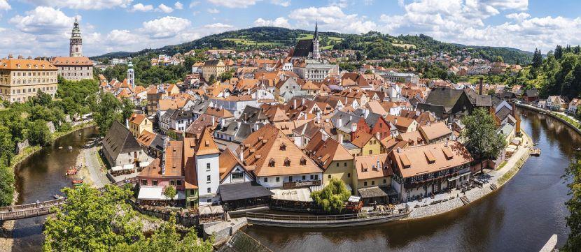 Top 5 Small Cities in Europe Český Krumlov, Czech Republic