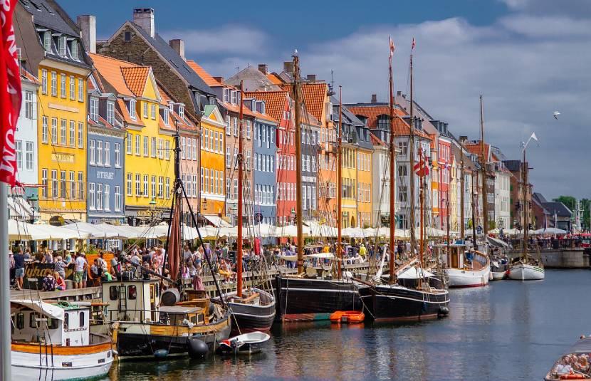 9 Prettiest Streets in Europe