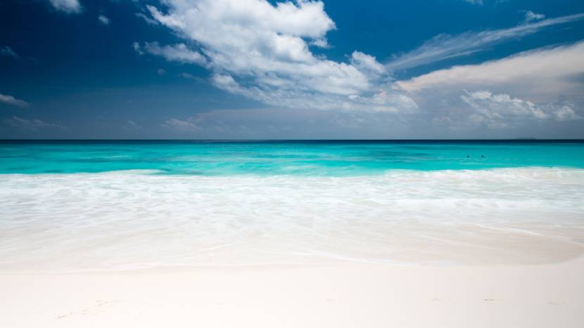 10 Places with the Bluest Water in the World