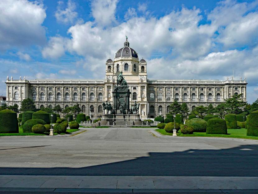 Best Historic Things to Do in Vienna - Vienna's Natural History Museum