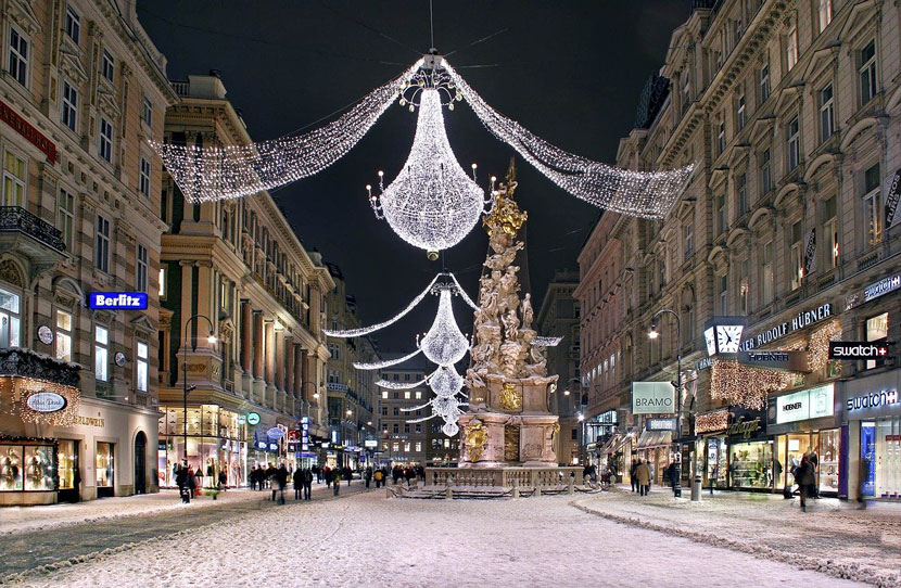 Best Things to Do in Vienna This Christmas: Walk Around the City