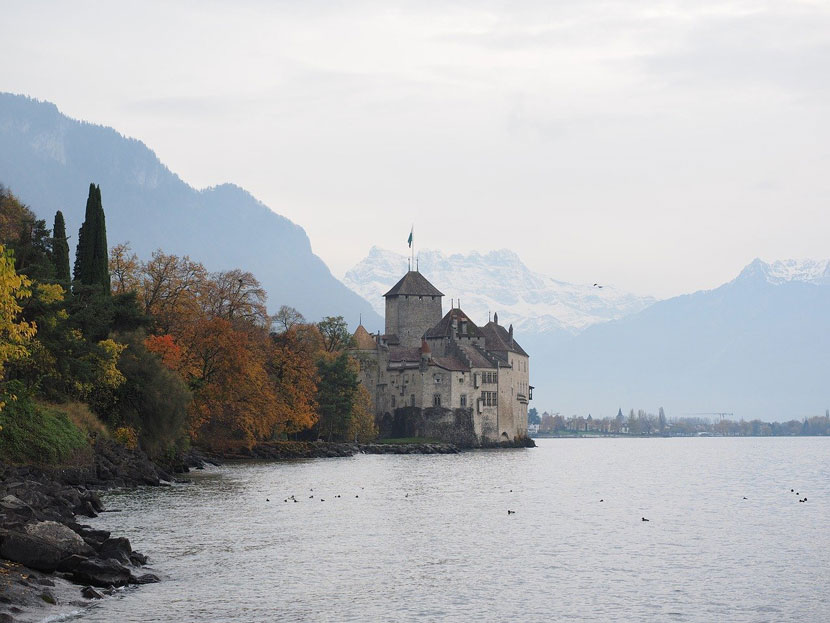 7 Best Places to Visit in February 2020 - Geneva, Switzerland