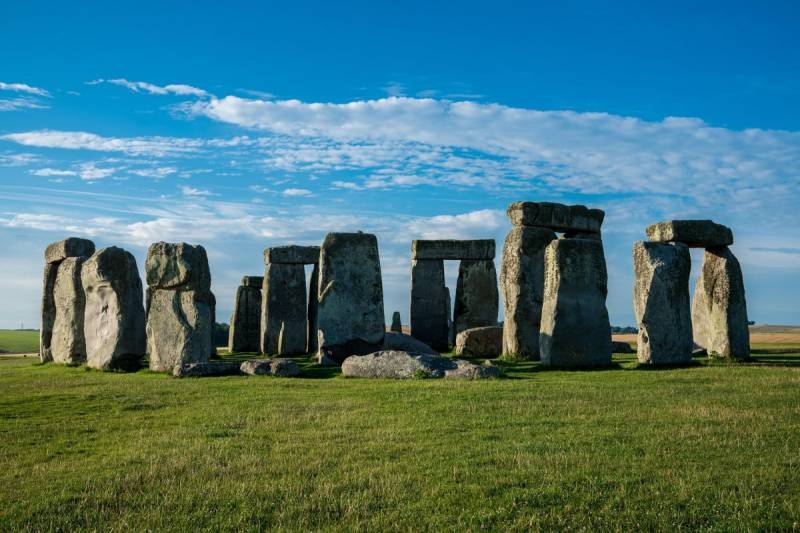 5 Best Places to Visit in the United Kingdom Stonehenge