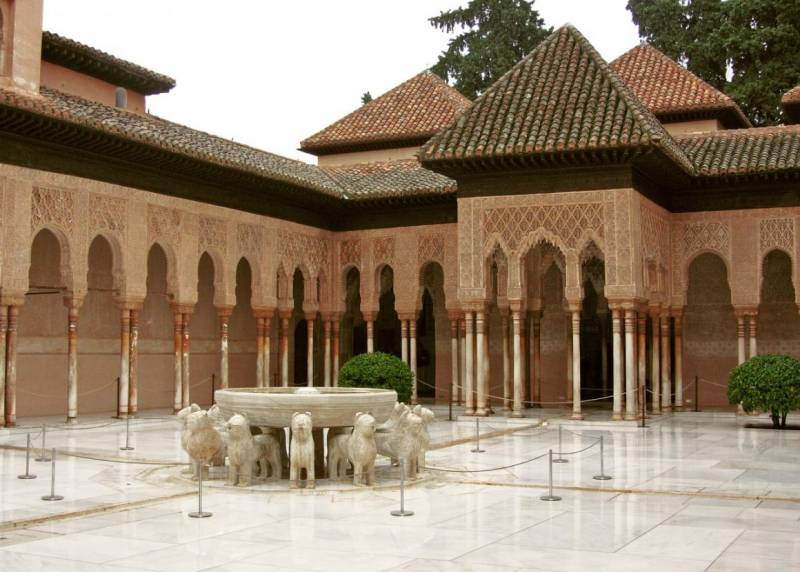 10 Things You Need to Know About the Alhambra, Granada
