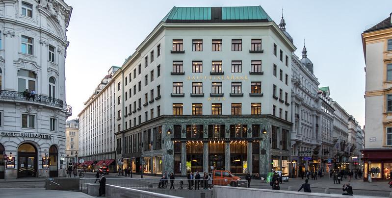Art Nouveau Architecture in Vienna: Looshaus