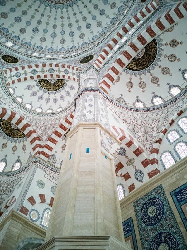 Blue Mosque in Istanbul, Interior