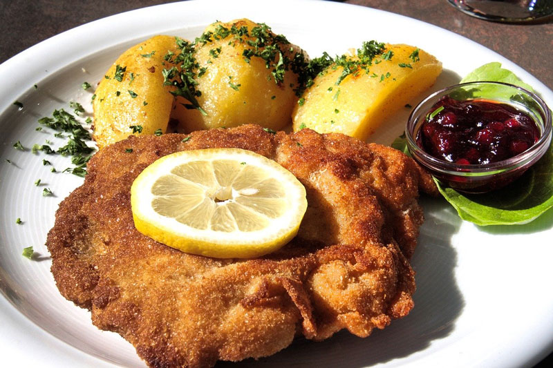 Ultimate Guide to Vienna: Try Wiener Schnitzel